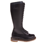 Dr. Martens 20 Eyelet Smooth Boot