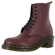 Dr. Martens 8 Tie Smooth Boot